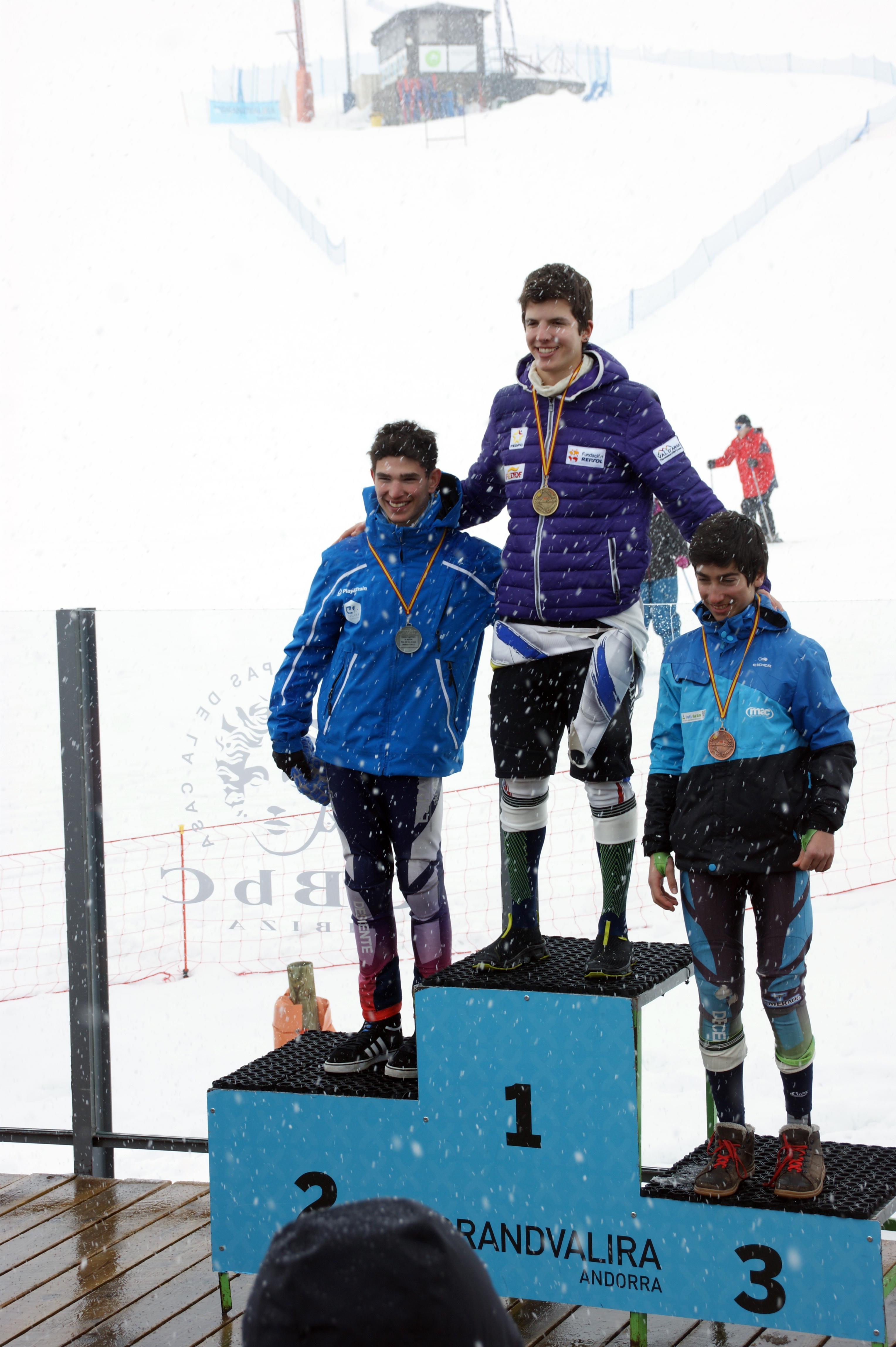 podio slalom, foto Julio FEDPC, oro Roger Puig, plata Pol Aguilar, bronce Jaime Almenar